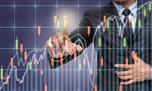 人物與股市走勢圖創意設計高清圖片