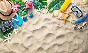 海星贝壳帽子与凉鞋等特写高清图片