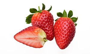 切开后香甜口感的草莓摄影 澳门线上必赢赌场