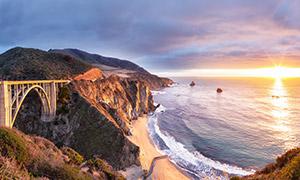 桥梁与黄昏时大海风光摄影高清图片