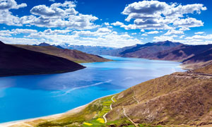 美丽的高原湖泊高清摄影图片