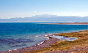 高原美麗的湖泊美景攝影圖片