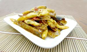 香辣蛏子美食菜肴摄影图片