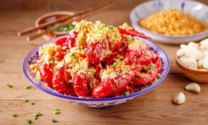 蒜香小龙虾美食佳肴摄影图片