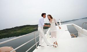 游艇之上恋人婚纱摄影高清原片素材