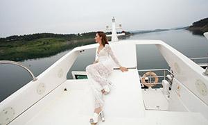 游艇上拍婚纱照的美女摄影原片素材