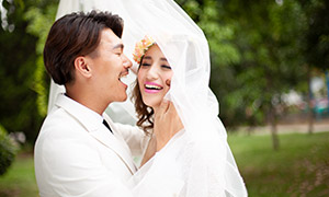 灿烂开心笑容恋人婚纱摄影高清原片