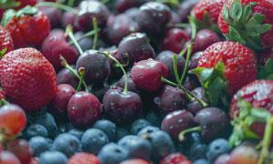 蓝莓草莓与樱桃等水果摄影 澳门线上必赢赌场
