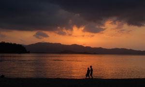 太阳落山时分海景风光摄影高清图片