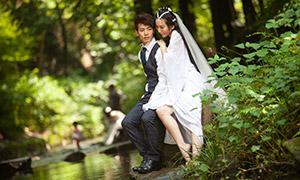在河边的白色婚纱美女摄影高清原片