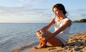 美女與藍天白云大海等風光攝影原片