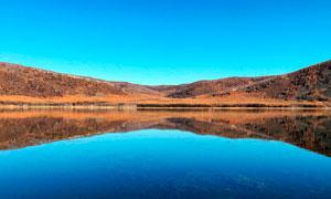 阿尔山秋季美丽的湖泊摄影图片