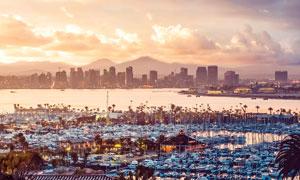 歐洲海港美麗的日落景觀攝影圖片