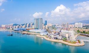 青岛海岸线城市景观摄影图片