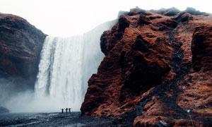 美丽壮观的瀑布景观摄影图片