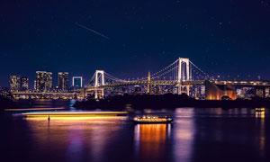星空下的城市和桥梁夜景摄影图片