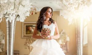 披肩卷发造型婚纱美女摄影高清图片