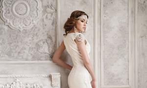 欧风房间里的婚纱美女人物 澳门线上必赢赌场