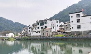九江婺源古建筑和河流摄影图片