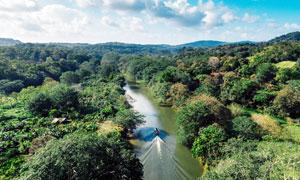 大自然山林和河流摄影图片