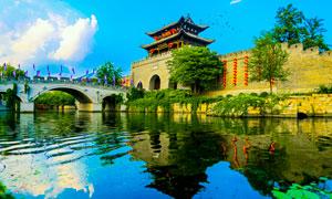 臺兒莊古城墻和河流攝影圖片