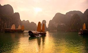 越南下龙湾景区夕阳美景摄影图片