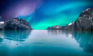 星空下的湖泊美景摄影图片
