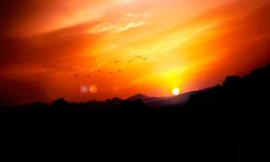 山顶美丽的夕阳美景高清摄影图片