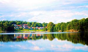 美丽的湖泊美景摄影图片