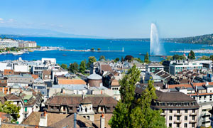 欧洲海边城市建筑全景摄影图片