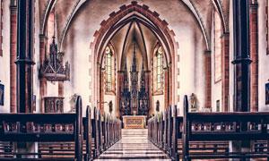 室内没有人的教堂内景摄影高清图片