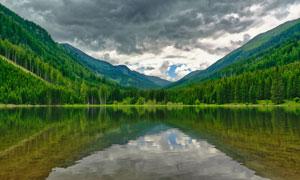 天空乌云树林山水风光摄影高清图片