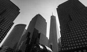 现代化大城市高楼大厦仰拍摄影图片