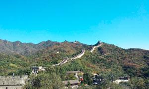蓝天下的长城景观摄影图片