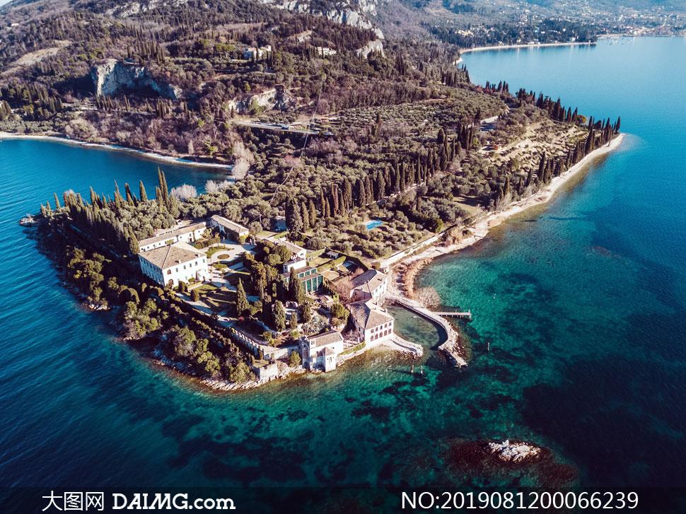 海边村镇和园林景观摄影图片