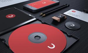 光盘手机与铅笔工作牌样机模板素材