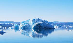 美丽的冰川和雪山摄影图片