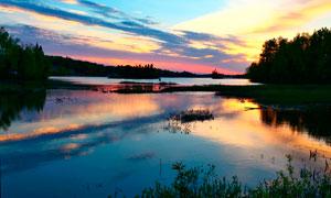 美丽的湖泊夕阳景色摄影图片