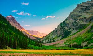 大山之中美丽风景摄影图片