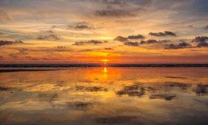 海上美丽的日落美景摄影图片