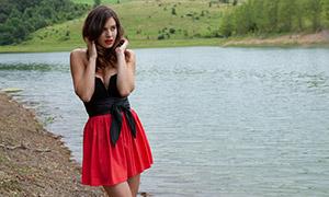 红黑裙装性感美女写真摄影原片素材