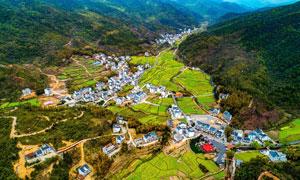 山中美丽的乡村航帕图摄影图片