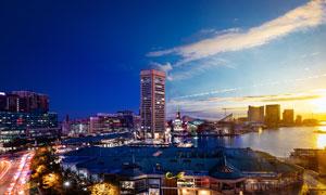 夕阳下的城市美丽景观摄影图片