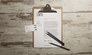 商务纸张与铅笔名片等样机分层模板