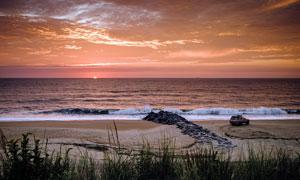 夕阳西下海边美丽的风光摄影图片