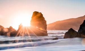 陽光下的沙灘美景高清攝影圖片