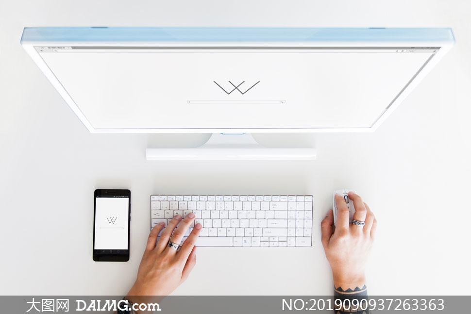 手势手机与显示器屏幕内容样机模板