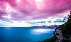 乌云下海边风景摄影图片
