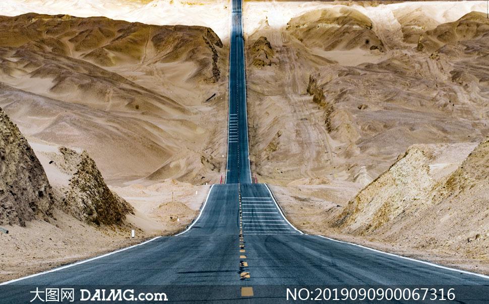 通往山顶的马路景观摄影图片