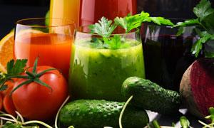 番茄黄瓜与蔬菜汁特写摄影 澳门线上必赢赌场